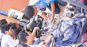 路上カメラ専門店は初めて見た。