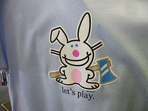 ハッピーバニーのTシャツみっけ。でも女性用。