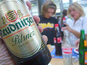 ドイツだから昼ゴハンはビールと一緒にね。
