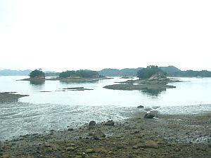 天草らしい、小島が並ぶ風景。