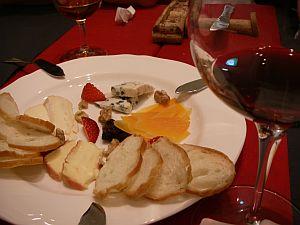 黄色いチーズが、森元首相の言う「ひからびたチーズ」
