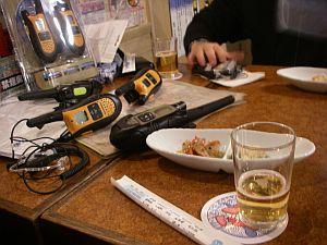 電波系の友人一人と電波系の機器六台。
