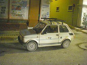 こんな車をしょっちゅう見かけられるのがエキゾチックで嬉しい。