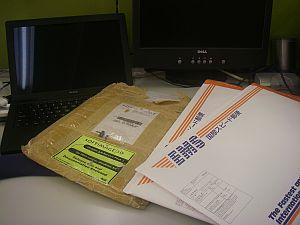 左がこれまで使っていたSoftImageの封筒。これまたレアもの。