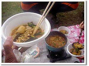 キムチ鍋で暖まる。