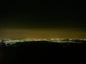 やっぱ日の出山は夜景が綺麗。