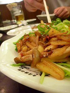 お上品に中華を食す。