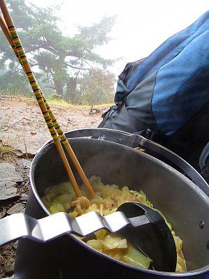 寒い時には鍋に限る。