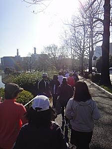 マラソン大会も開かれてて、すごい人口密度。