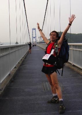 竜神橋でアップ中。