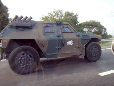 初めて見た小松の装甲車。