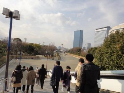 大阪城付近。