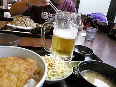 ビール園に行く前に、ビールを飲む練習(笑)