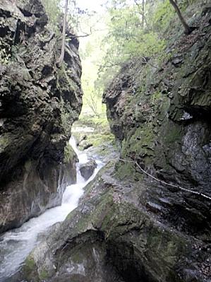 神戸岩の区間。100mぐらい