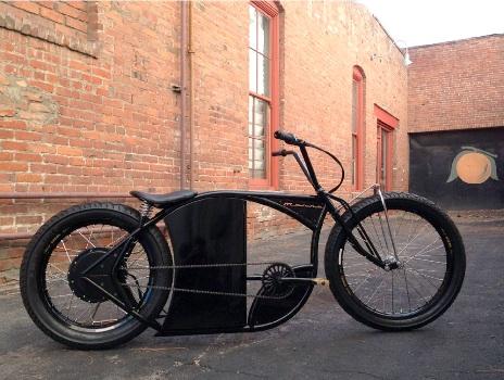 来月号に載せるe-bike。