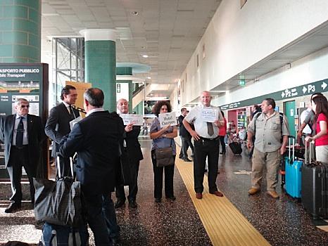 ミラノ空港にて
