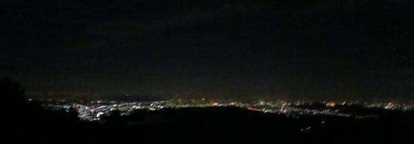 日の出山の夜景