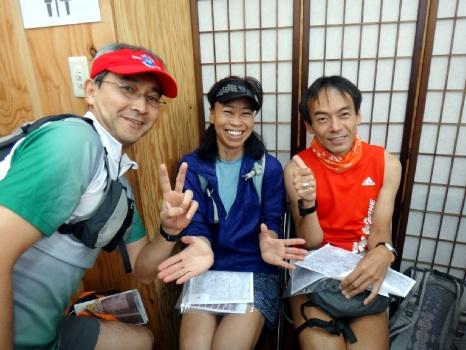 海外でもよく会う3人。