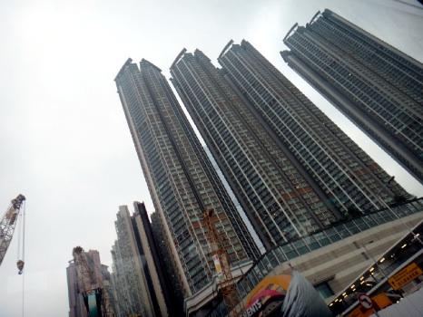 平均で40階以上のマンションばっか。
