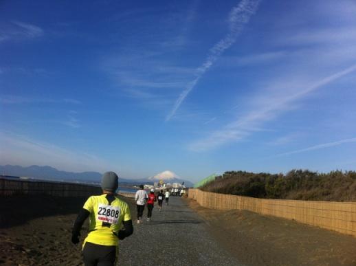 あの富士山に向かって走れ