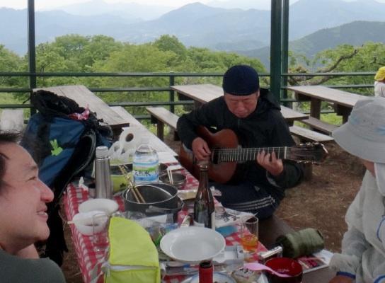 ギターリタ侍登場