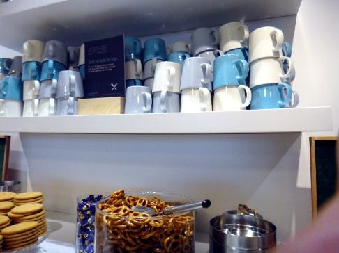イッタラのカップたくさん