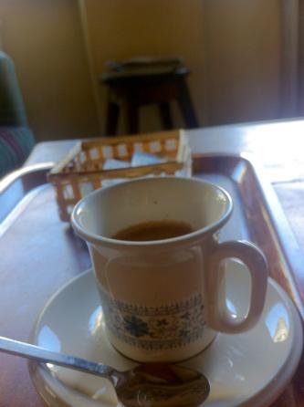 ロビーで作業中、コーヒー出してくれた\(^o^)/
