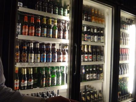 全部ビールの冷蔵庫