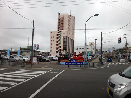 のどかな酒田駅前