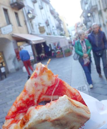 3ユーロのピザ、美味