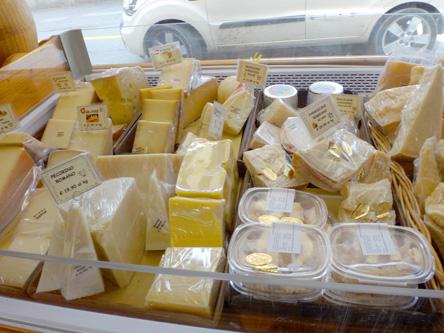 本気のチーズ屋さんは、ニオイも強烈