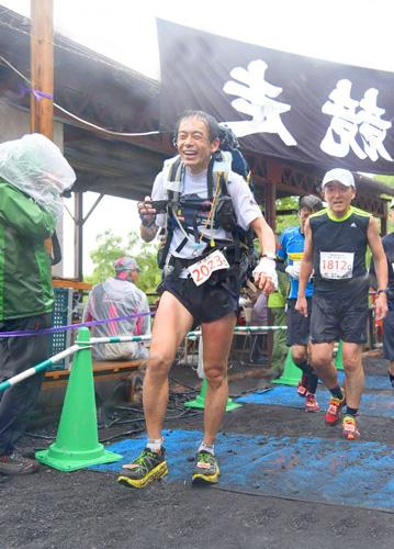 富士登山競走の写真を見っけ