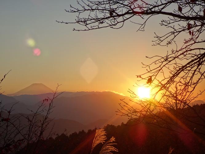 夕暮れと富士山と