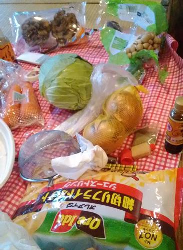 冷食を20袋ぐらい持っていった(^o^)