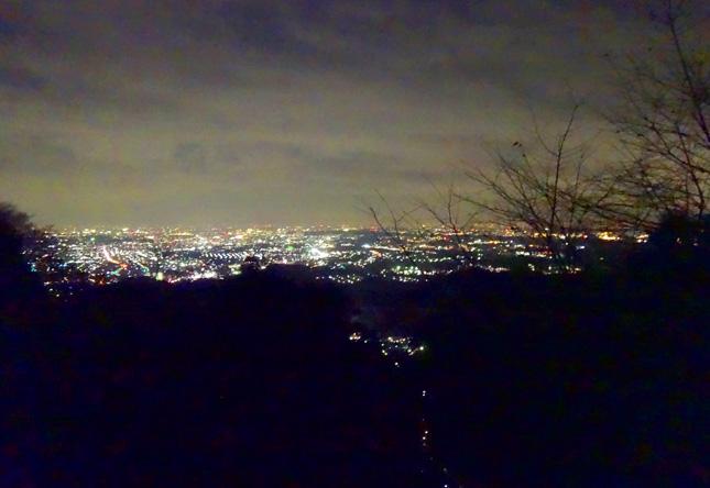 高尾山からの夜景も悪くない