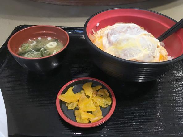 富士そばのカツ丼