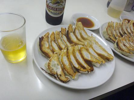 赤萬の餃子はがっかり味だった(>_<)
