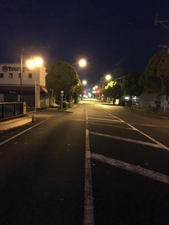 九州なので、朝4時半はまだ暗い
