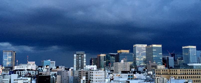 帰宅後すぐに空が怪しくなった