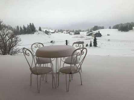 アオスタの降雪