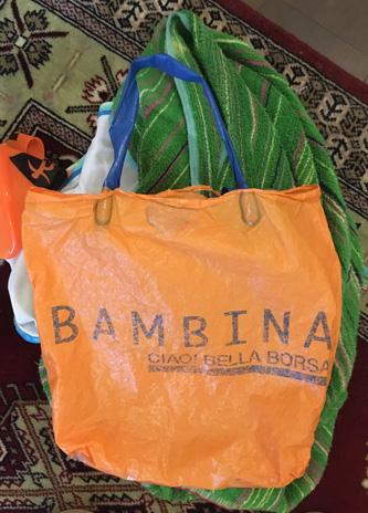15年近く使ったビニール袋。ウソっぽいイタリア語w