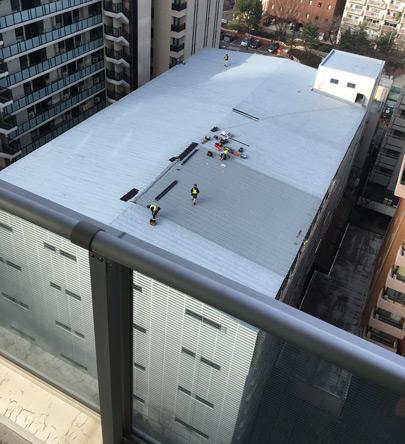 屋根の防水工事か?