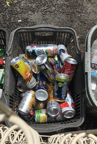 児童公園の缶ゴミw
