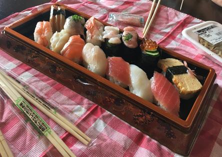 素泊まりで現地の食を楽しむ(^o^)
